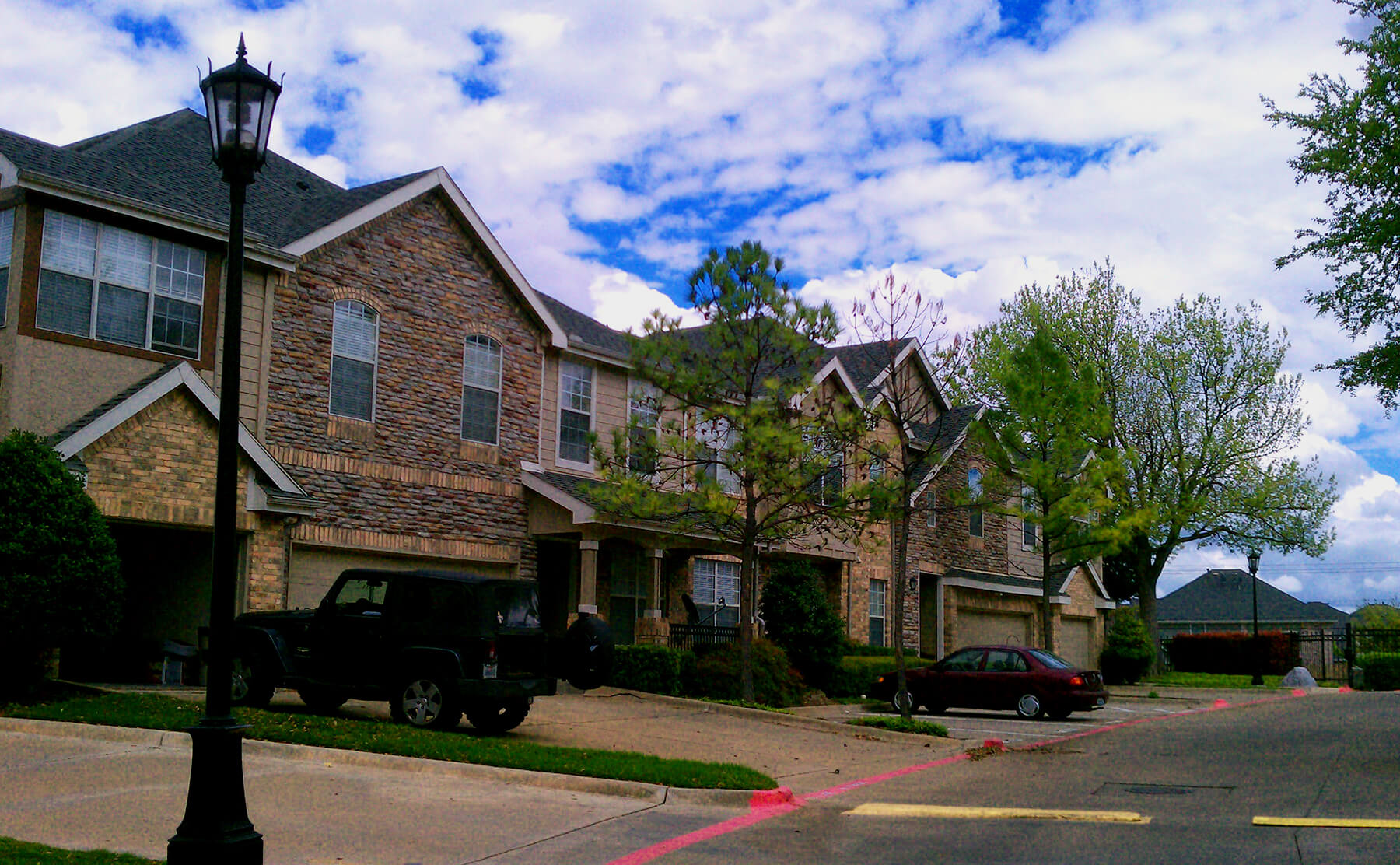 Plano Apartment Living - Townhomes