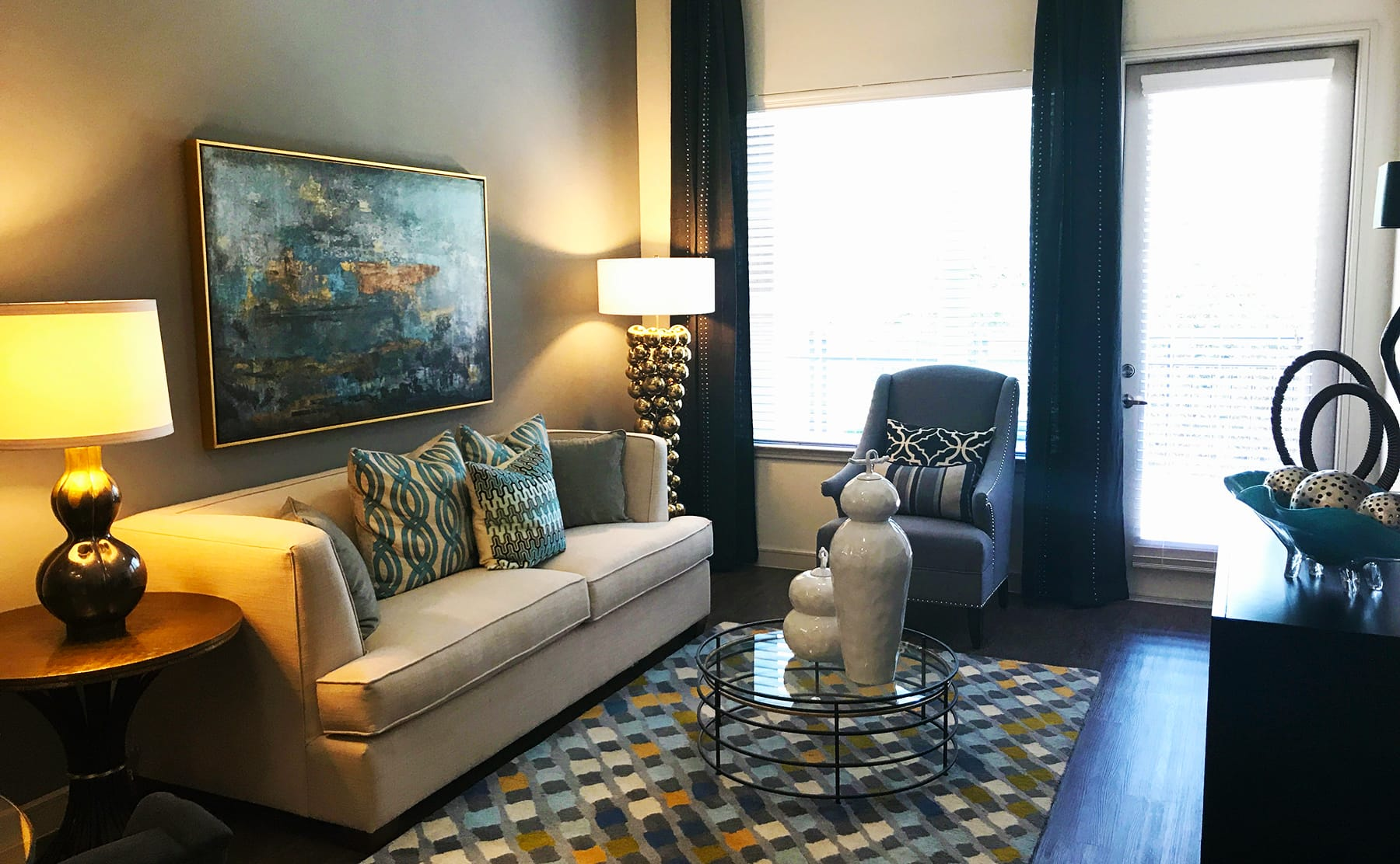 Apartments in The Cedars Dallas with Wood Floors