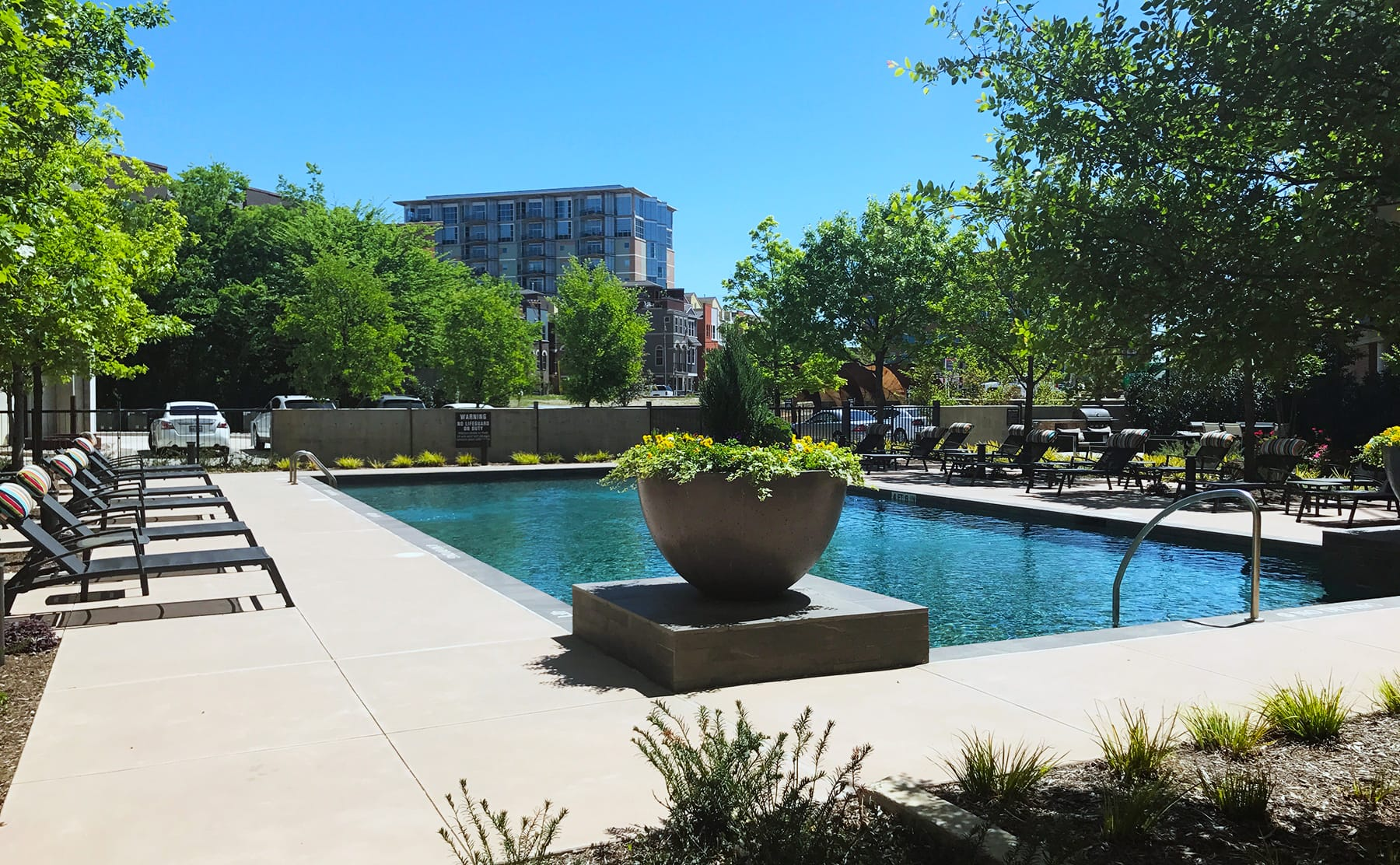 Apartments in The Cedars Dallas with the Best Pools